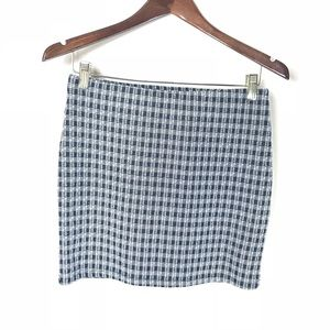 Zara Trafulac Plaid Skirt Size medium NWT